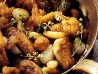 Perlhuhn mit kleinen Zwiebelchen und Maroni Rezept