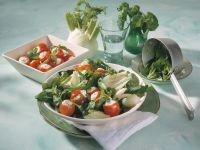 Petersilien-Spinatsalat mit gefüllten Kirschtomaten Rezept
