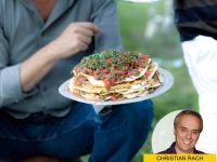 Hoch gestapelt: Pfannkuchen-Kichererbsen-Torte
