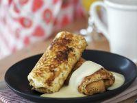 Pfannkuchen mit Äpfeln und Vanillesoße Rezept