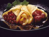 Pfannkuchen mit Fruchtfüllung Rezept