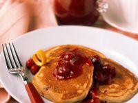 Pfannkuchen mit Fruchtsauce Rezept