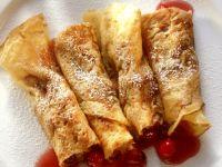 Pfannkuchenröllchen mit Cranberries Rezept