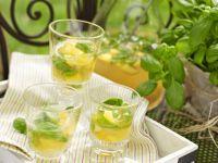 Pfirsich-Basilikum-Bowle Rezept