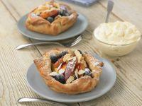 Pfirsich-Heidelbeer-Törtchen Rezept