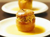 Pikanter Bratapfel mit Sauerkrautfüllung Rezept