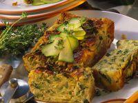 Pikanter Kastenkuchen mit Zucchini Rezept