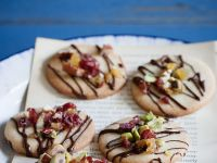 Pistazien-Früchte-Kekse mit Schokolade Rezept