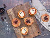Pizza-Minis für die Halloween-Party Rezept