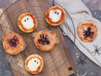 Pizza-Minis für die Halloween-Party