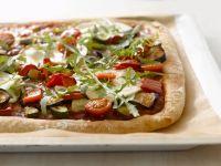 Pizza mit verschiedenem Gemüse Rezept