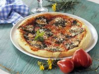 Pizza mit Wildkräutern
