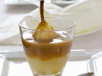 Pochierte Birne mit Karamell Rezept