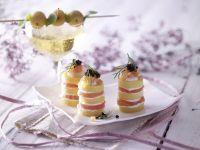 Polenta-Lachs-Türmchen Rezept