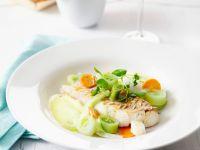 Porchierter Kabeljau mit Gemüse Rezept