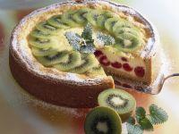 Quark-Grieß-Torte mit Obst Rezept