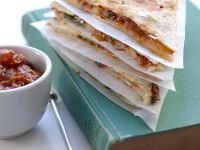 Quesadilla mit Tomatensauce Rezept