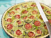Bärlauch-Quiche mit Tomaten