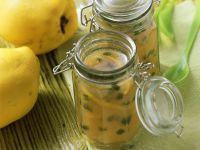 Quitten-Pistazien-Gelee mit Riesling Rezept