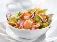 Räucherlachssalat mit Orange und Shrimps Rezept