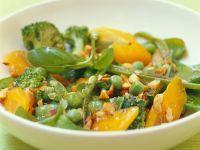 Ragout mit Gemüse und Nüssen Rezept
