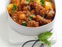Ragout vom Ochsenschwanz mit Petersilie und Kartoffeln Rezept
