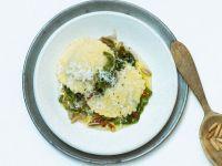 Ravioli aus Kartoffelteig mit Endiviengemüse