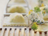 Ravioli mit Kräuterfrischkäse gefüllt Rezept