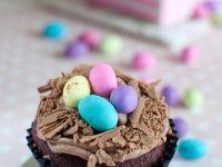 Red Velvet Cupcake mit Schokolade