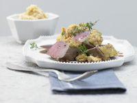 Rehrücken mit Kräuter-Nuss-Kruste Rezept