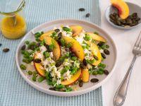 Reis-Bohnen-Salat mit Nektarine und Kürbiskernen Rezept