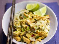Reisnudeln mit gebratenem Tofu