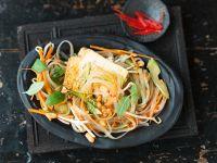 Gebratener Tofu mit Reissnudelsalat Rezept