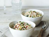 Reispfanne mit Gemüse und Krebsfleisch