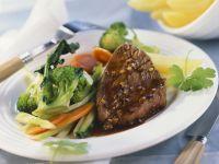 Rinderfilet mit Brokkoli und Karotten Rezept