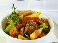 Rindergulasch mit Gemüse Rezept