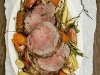 Rinderschulter auf Gemüse Rezept