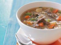 Rindfleisch-Gemüsesuppe mit Graupen Rezept