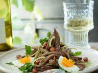 Rindfleischsalat mit Bohnen Rezept