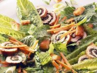 Römersalat mit Möhren und Putenroulade Rezept