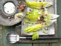 Römersalat mit Roquefort Rezept
