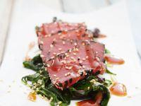 Roher Thunfisch mit Spinat Rezept