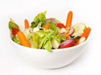 Rohkost ist weitaus mehr als der Früchte- oder Salatteller