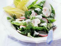Romanasalat mit Roquefortdressing