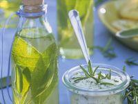Rosmarinsalz und Salbeiöl