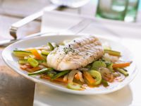 Rotbarsch mit Gemüse und Safranbutter Rezept