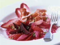 Rote Bete-Rhabarber-Salat mit Parmaschinken Rezept