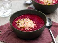 Rote Bete-Suppe mit Kokos, Birne und Zimt Rezept