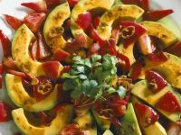 Rote Zwiebel-Avocados Rezept