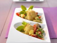 Rotes Curry mit Blumenkohl, Bohnen und Pilzen